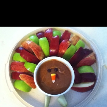 thanksgiving food fruit veggies decoration platters healthy ideas