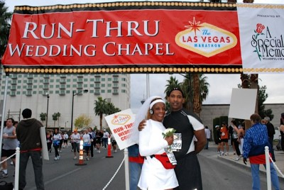 Vikki married her handsome husband, Kymmith, during the Las Vegas Half Marathon! Fitzness.com