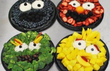 Sesame Street Fruit and Veggie Platters for the Kids – Too Cute!