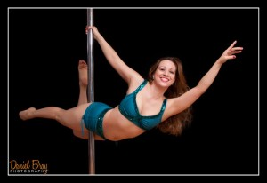 Jacqueline Valdez: This is why I Do Pole Dancing and Pilates