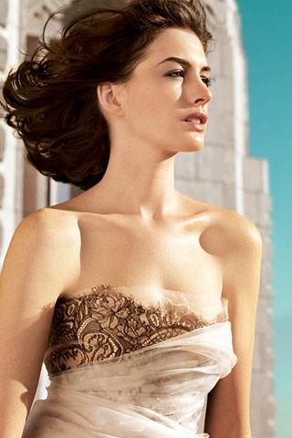 Staff List Anne-Hathaway-Vogue-2009